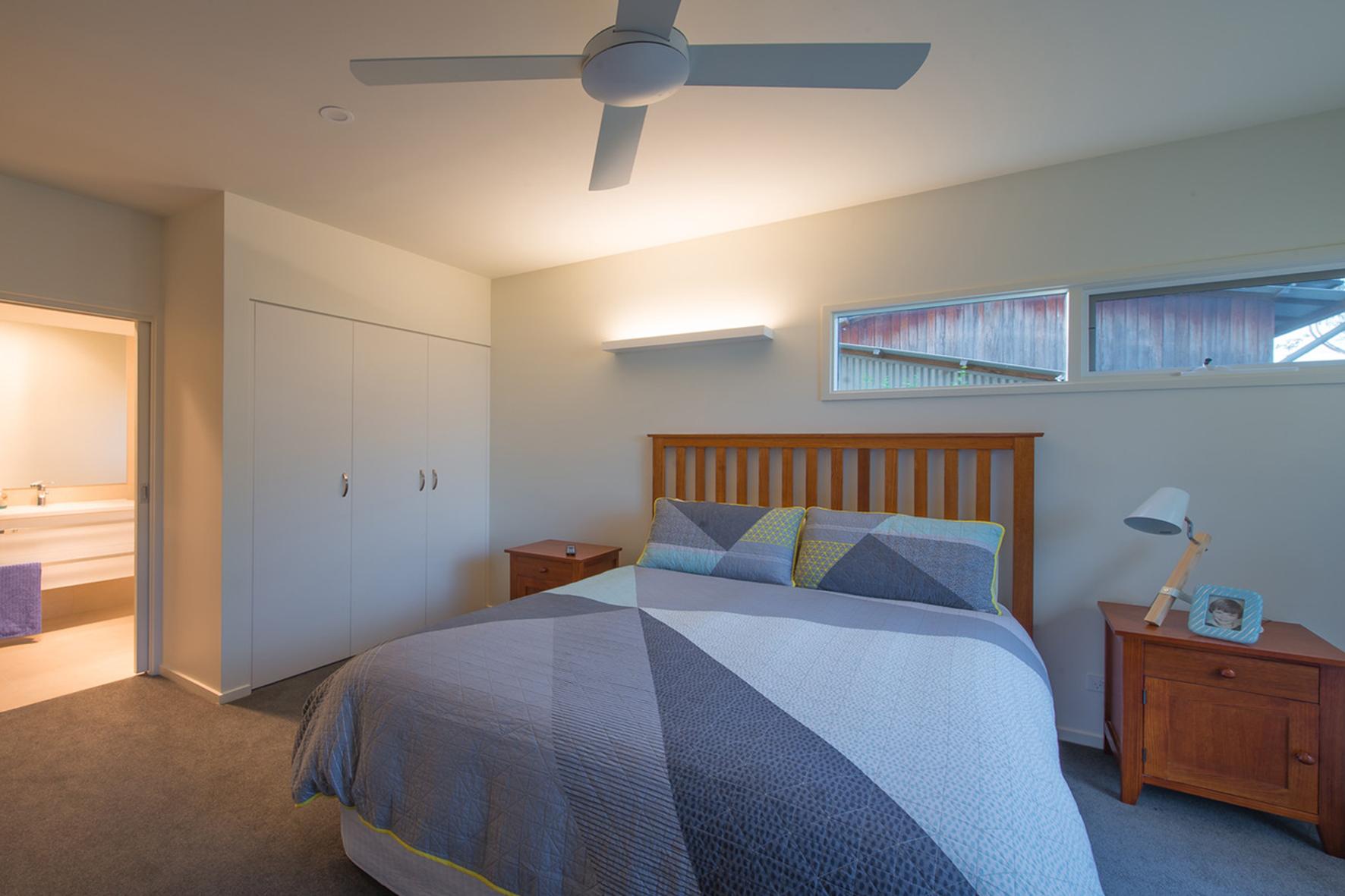 Ledge bedroom